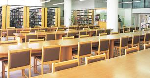 1階 図書館